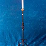 Ljusstakar - Golvljusstake för smalt ljus.