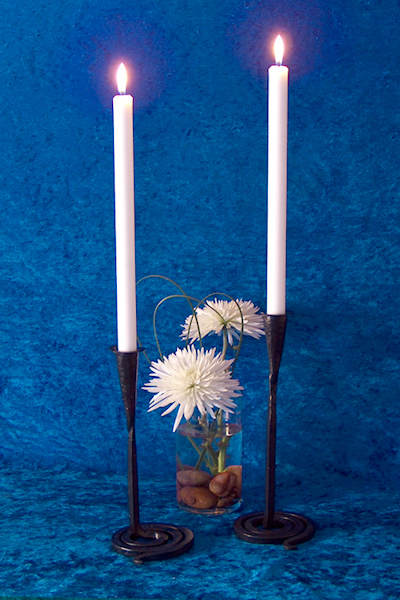 Ljusstakar - Bordsljusstake med snurrad fot
