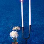 Ljusstakar - Bordsljusstake med två ljus och trefot.