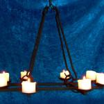 Ljuskronor - Stor ljuskrona för åtta grova ljus.